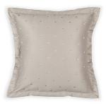 bedroom-in-celebrity-style-by-zara-pillows2-1.jpg