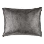bedroom-in-celebrity-style-by-zara-pillows4-2.jpg