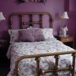 bedroom-purple-wall6.jpg