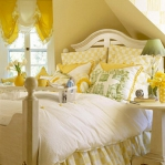 bedroom-yellow-walls8.jpg