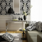 black-and-white-livingroom1-5.jpg