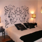 black-stickers-decor-bedroom2