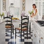 black-white-checkerboard-floors-tiles-in-kitchen3-1.jpg
