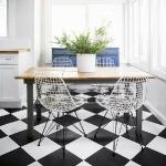 black-white-checkerboard-floors-tiles-in-kitchen4-5.jpg