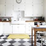 black-white-checkerboard-floors-tiles-in-kitchen4-6.jpg