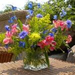 blue-flowers-creative-ideas-palettes8-1.jpg