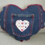 blue-jeans-pillows-pocket2.jpg