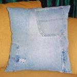 blue-jeans-pillows-pocket4.jpg