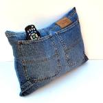 blue-jeans-pillows-pocket6.jpg