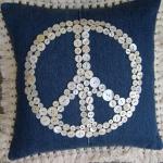 blue-jeans-pillows-trim-buttons3.jpg