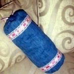 blue-jeans-pillows-trim-buttons7.jpg