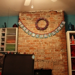 bright-craft-room-in-details-christmas3.jpg