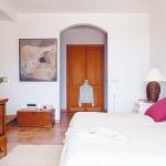 bright-houses-in-spainish-resorts2-4.jpg