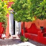 bright-houses-in-spainish-resorts3-10.jpg