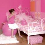 butterfly-fun-ideas-in-kidsroom2-1.jpg