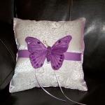 butterfly-pattern-ideas-pillows8.jpg