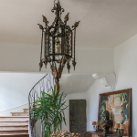 charming-antique-interiors-in-hotel-des-tailles2-5.jpg