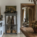 charming-antique-interiors-in-hotel-des-tailles2-7.jpg