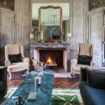 charming-antique-interiors-in-hotel-des-tailles3-4.jpg