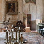 charming-antique-interiors-in-hotel-des-tailles4-2.jpg