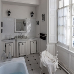 charming-antique-interiors-in-hotel-des-tailles7-7.jpg