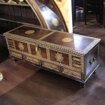 chests-and-trunks-creative-ideas5-10.jpg