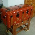 chests-and-trunks-creative-ideas5-8.jpg