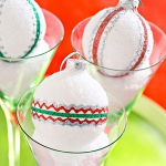christmas-ball-ideas-diy-from-felt4.jpg