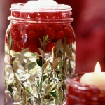 christmas-cranberry-and-red-berries-candles-decorating1-1.jpg