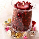 christmas-cranberry-and-red-berries-candles-decorating2-8.jpg