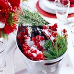 christmas-cranberry-and-red-berries-decorating-misc1-1.jpg
