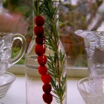 christmas-cranberry-and-red-berries-decorating-misc2-5.jpg