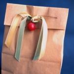 christmas-gift-wrapping-pendant10.jpg