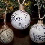 christmas-music-sheet-diy-decoration-ball2.jpg