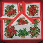 christmas-poinsettia-table-setting1.jpg