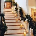christmas-staircase-garland4-4.jpg