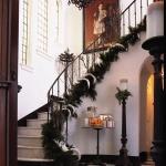 christmas-staircase-garland4-6.jpg