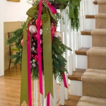 christmas-stairs-decoration2-1.jpg