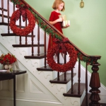 christmas-stairs-decoration3-3.jpg