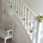 christmas-stairs-decoration4-9.jpg