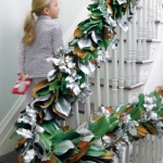 christmas-stairs-decoration5-3.jpg