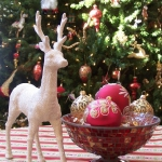 christmas-table-detail-figurine2.jpg