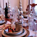 christmas-table-detail-gift3.jpg