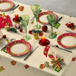 christmas-table-setting-red-collection2.jpg