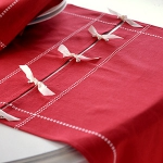 christmas-table-setting-red-details18.jpg
