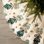 christmas-tree-skirt-ideas-lux4-1