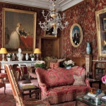 classic-chic-homes-owned-by-women-decorators2-2.jpg