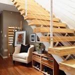 clever-ideas-under-stairs-in-hallway4.jpg