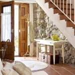 clever-ideas-under-stairs-in-hallway5.jpg