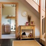 clever-ideas-under-stairs-in-hallway6.jpg